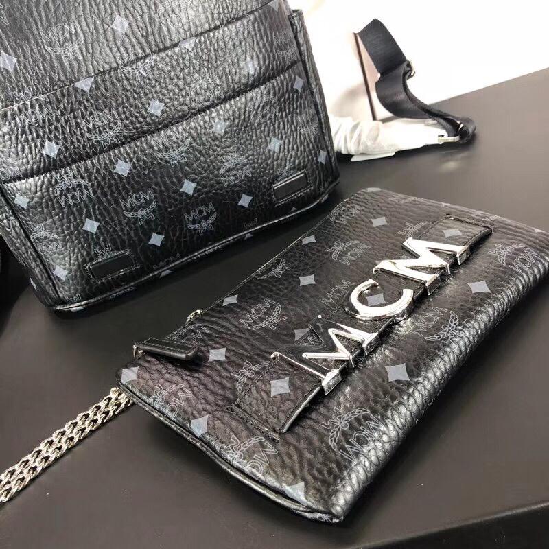 MCM Trilogie Stark Viseto双肩包 彰显传统设计理念 主隔层宽敞 黑色