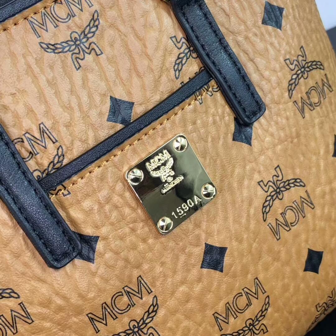MCM2019新品 Anya Visetos顶部拉链mini购物袋 经典logo印花配PVC帆布底面料 土黄