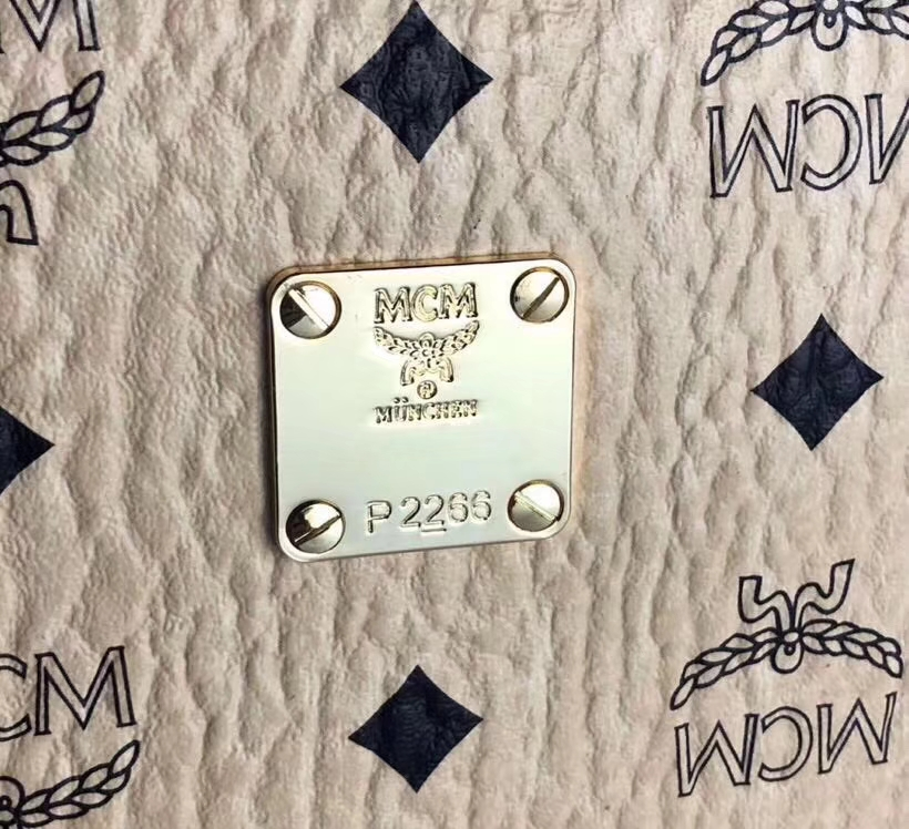MCM Original相机包(米白)经典Visetos印花涂层料配牛皮 曲线利落的相机包