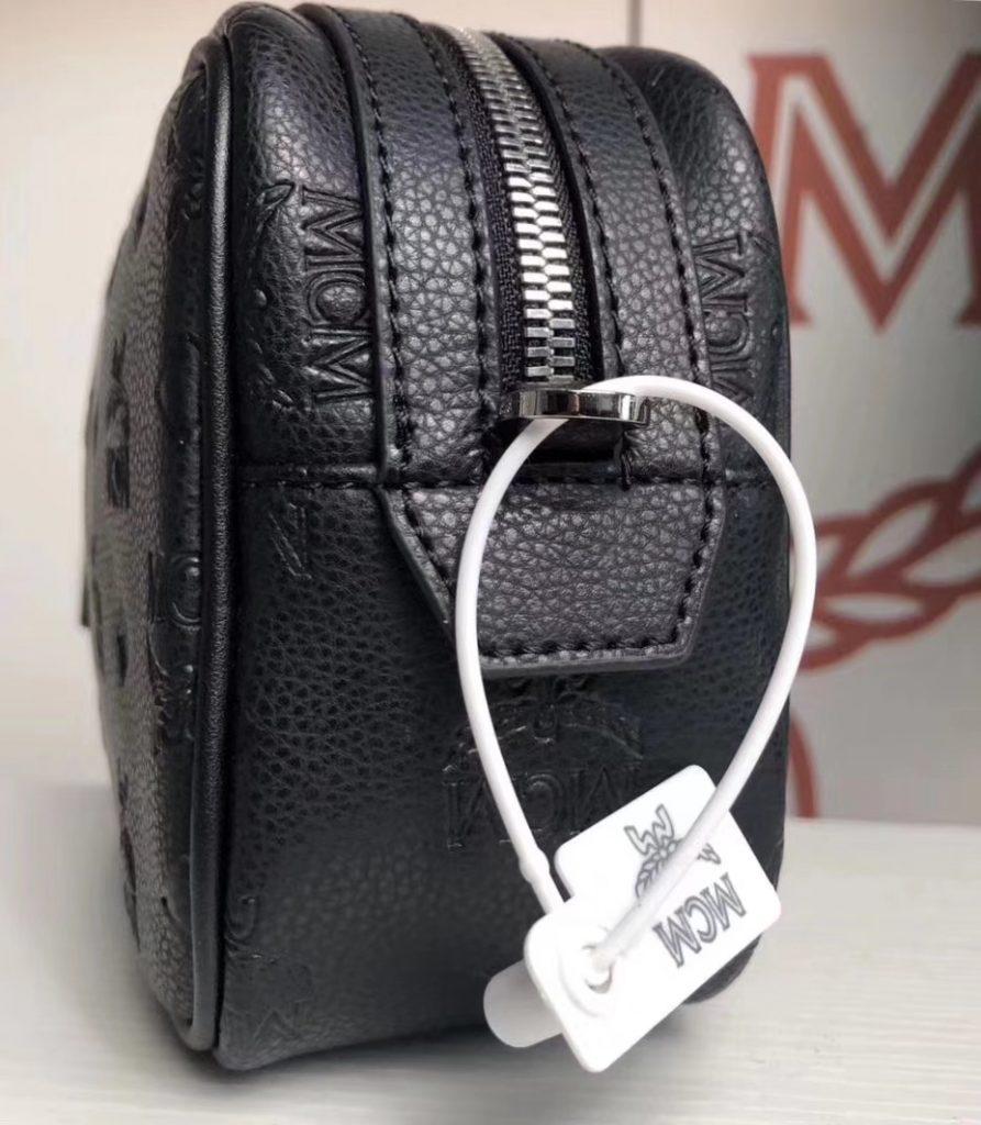 MCM 秋冬新款 牛皮压纹(黑色)相机包/斜挎单肩包/可手提  独特简约百搭款