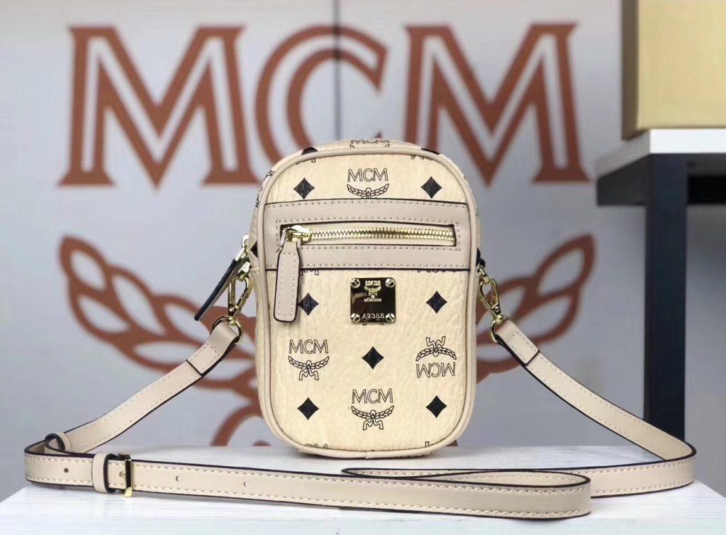 MCM 新款 x-mini 斜挎包(米白)经典Visetos 印花 男女通用款