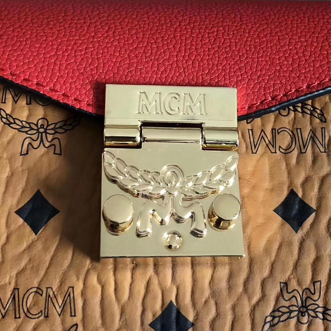 MCM2019春夏PATRICIA mini拼接风琴包 Visetos印花涂层帆布与色块皮革组合 翻盖月桂叶锁扣