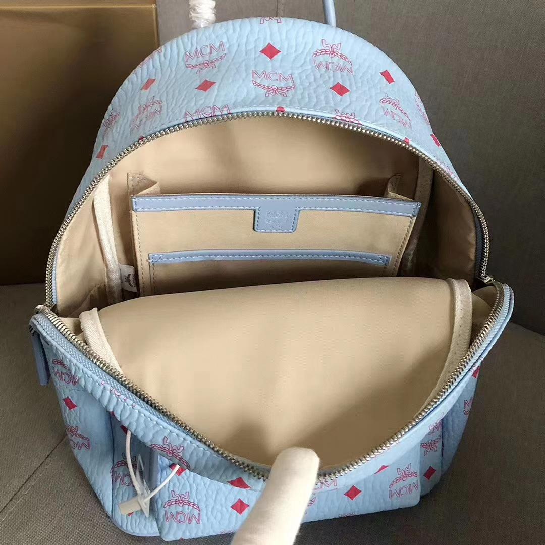 MCM经典双肩包小号 实用单品 经典Visetos印花设计 轻盈的粘合涂层帆布制成