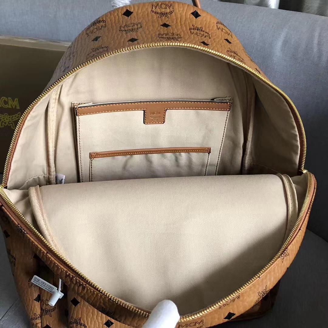 MCM鼠年限定款 Stark Visetos双肩背包 包豪斯艺术风格与七巧板拼图中汲取灵感