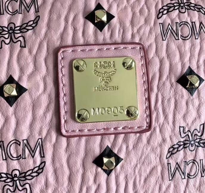 【¥400】MCM经典铆钉贝壳包 半开拉设计 休闲百搭爆款 纯手工打钉 ykk拉链 铜牌独立编码