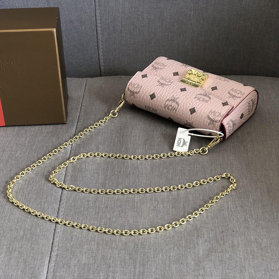 【¥330/360】MCM包包官网 MillieVisetos斜挎包 配有可拆卸链条背带及月桂叶锁扣